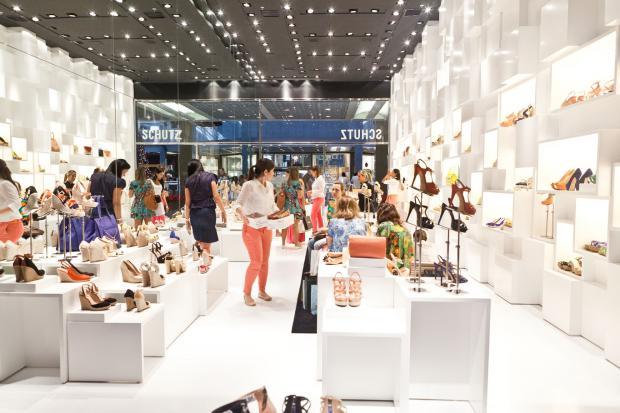 75202a359 Nova loja da Schutz no Rio Design Barra