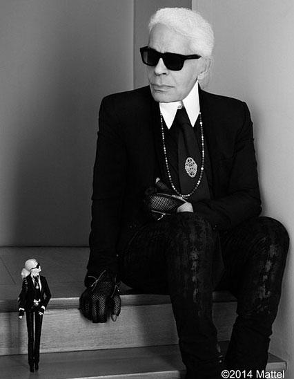 Karl Lagerfeld e sua Barbie