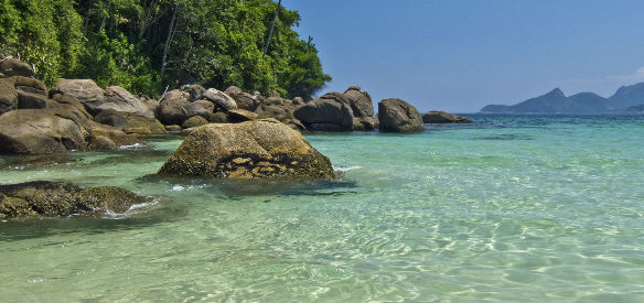 praia-verao-sol-mar-piscina-protetor-solar-dermage-toque-seco-bossame